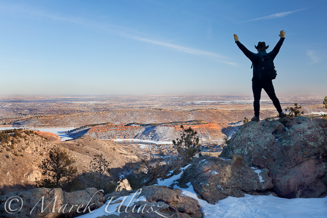 Winter hiking on Horsetooth Rock Trail